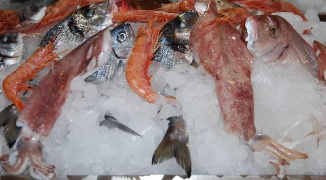 SEAFOOD cooked simply, Sicilian style, Sciacca (Misto di pesce in tegame con pomodoro)
