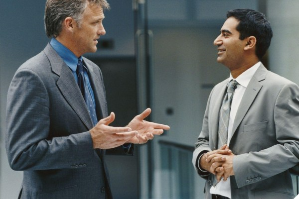 A Definitive Guide To Decoding Non-Verbal Communication At The Workplace!