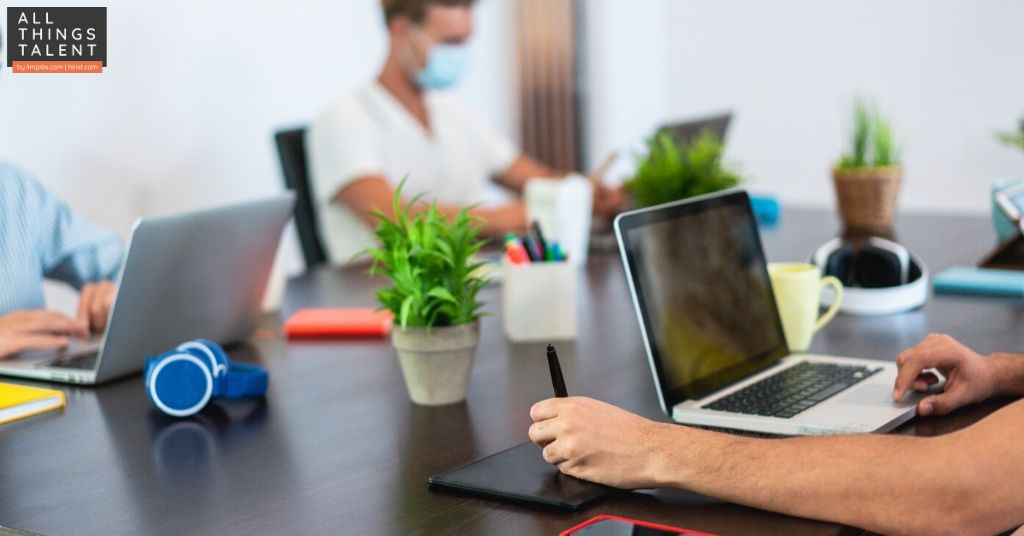 How to Improvise Your Workplace to Follow Social Distancing & Hygiene Policies