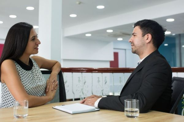 Top 5 Examples of Sharing Constructive Feedback with the Employees