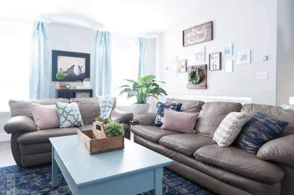 pink and aqua living room Pink, Navy Blue, and Jade Family Room Decor REVEAL: JO's HOUSE