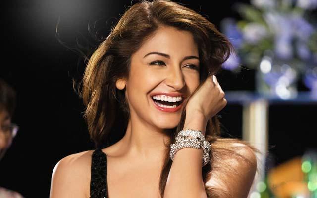 Top ten sexy bollywood actress