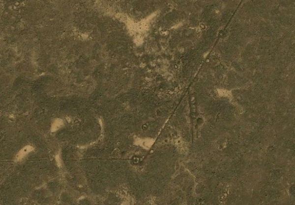 Гробницы и археологические памятники