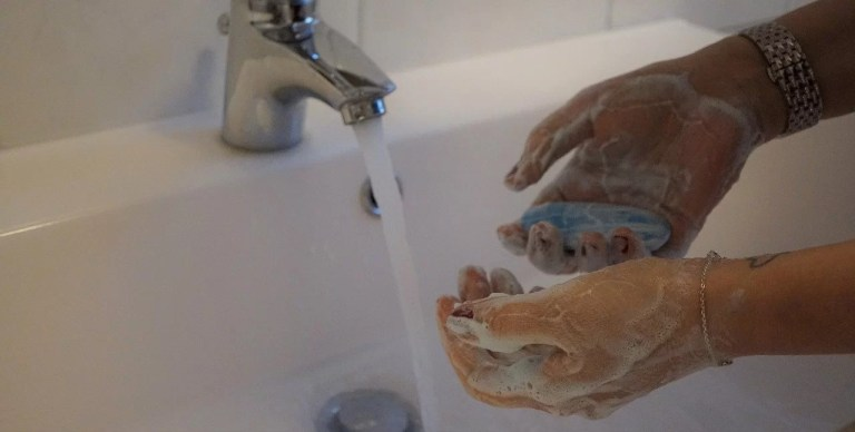 wash-hands with alcohol-based hand rub