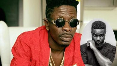 Photo of I'm Disappointed You Are Interested In Beef When People Are Dying – Shatta Wale To Sarkodie