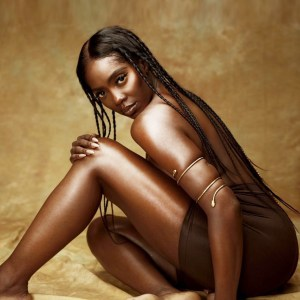 Singer, Tiwa Savage teases fans with unclad photos