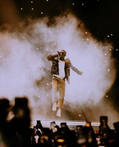 Wizkid rocks N2.3m jacket for O2 concert