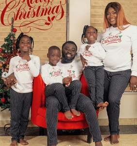 Beautiful Christmas card photos of some celebrity