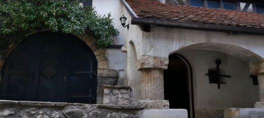 Bran Castle and a Secret Tunnel down a Well. Bran Castle Stone Elevator shaft entrance