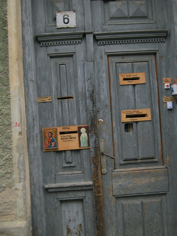 A door i Schei, Brasov, with an icon on it
