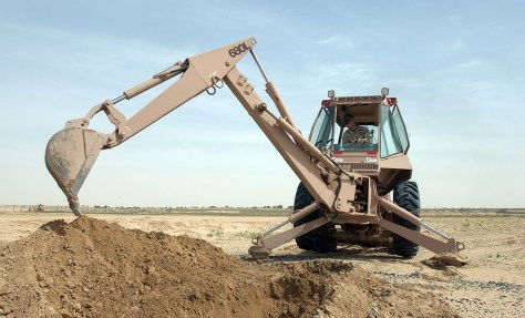 Backhoe Cleaning Dry Ditch, Photo Credit: Pixabay