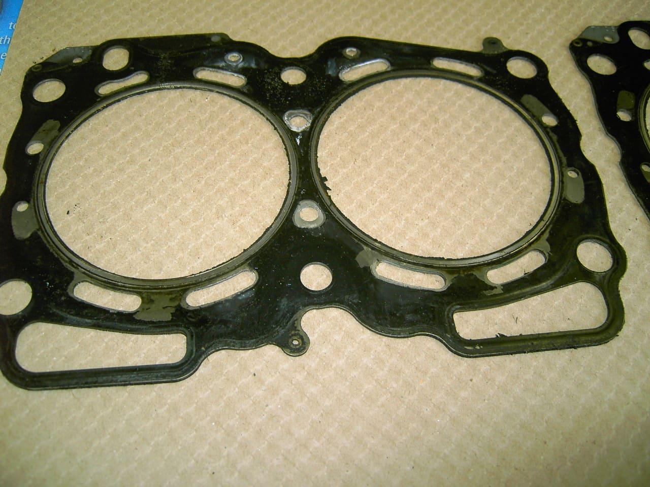 Rotors Metallic Pads F+R OE Replacement 99 00 01 Fits Subaru Impreza 2.5L RS