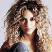 beautiful curly hairstyles