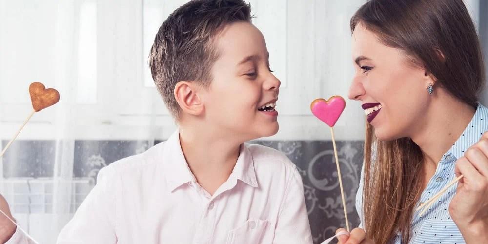20 Sweet Ways To Wish Mom A Happy Valentine S Day Allwording Com