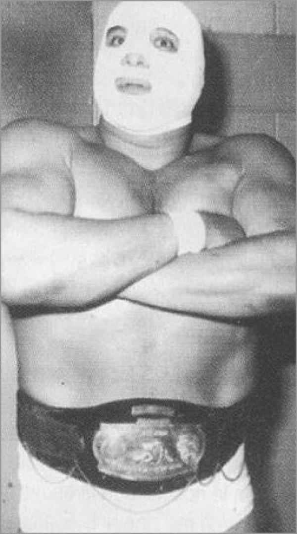 Wrestler El Gran Markus (Juan Chavarria Galicia)