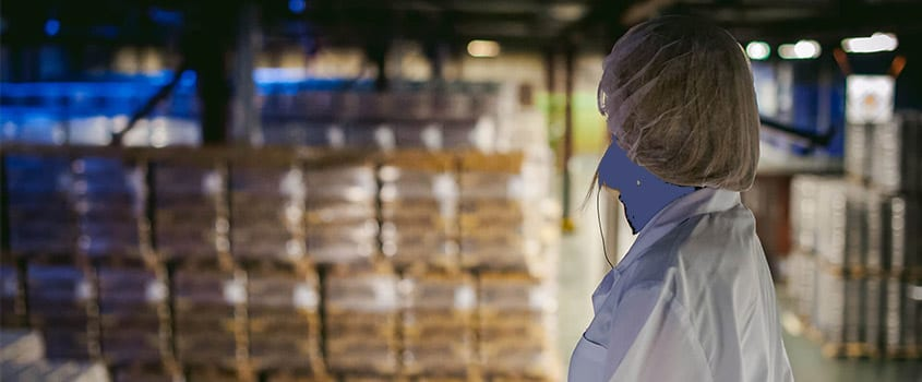 Food Production Worker in Warehouse