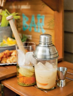 tiki-bar-cocktails