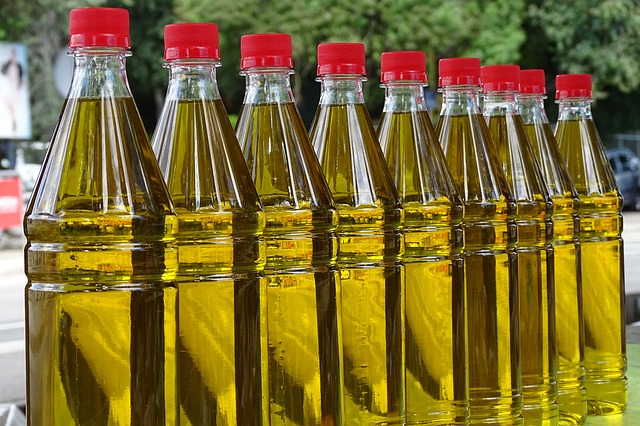 Vegetable cooking oils