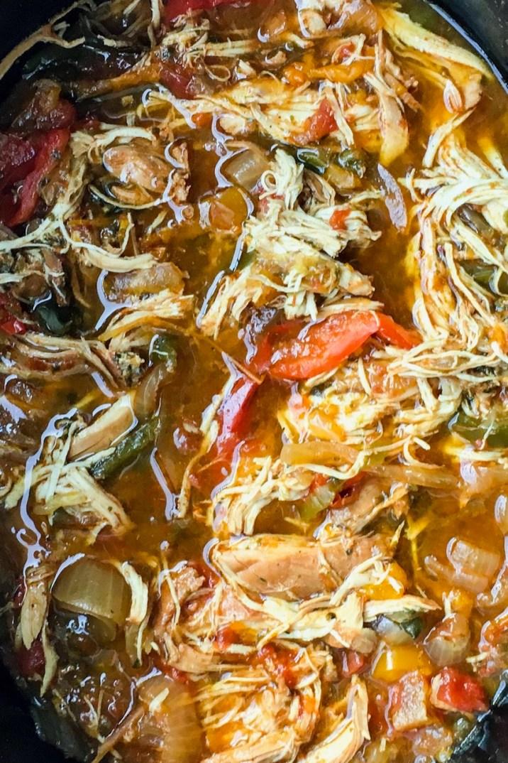Easy Crockpot Chicken Fajitas