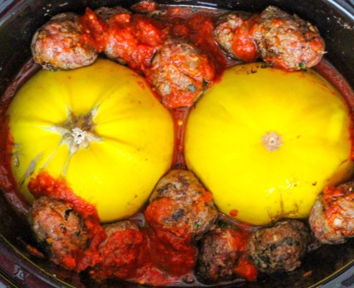 Slow Cooker Spaghetti Squash and Homemade Meatballs