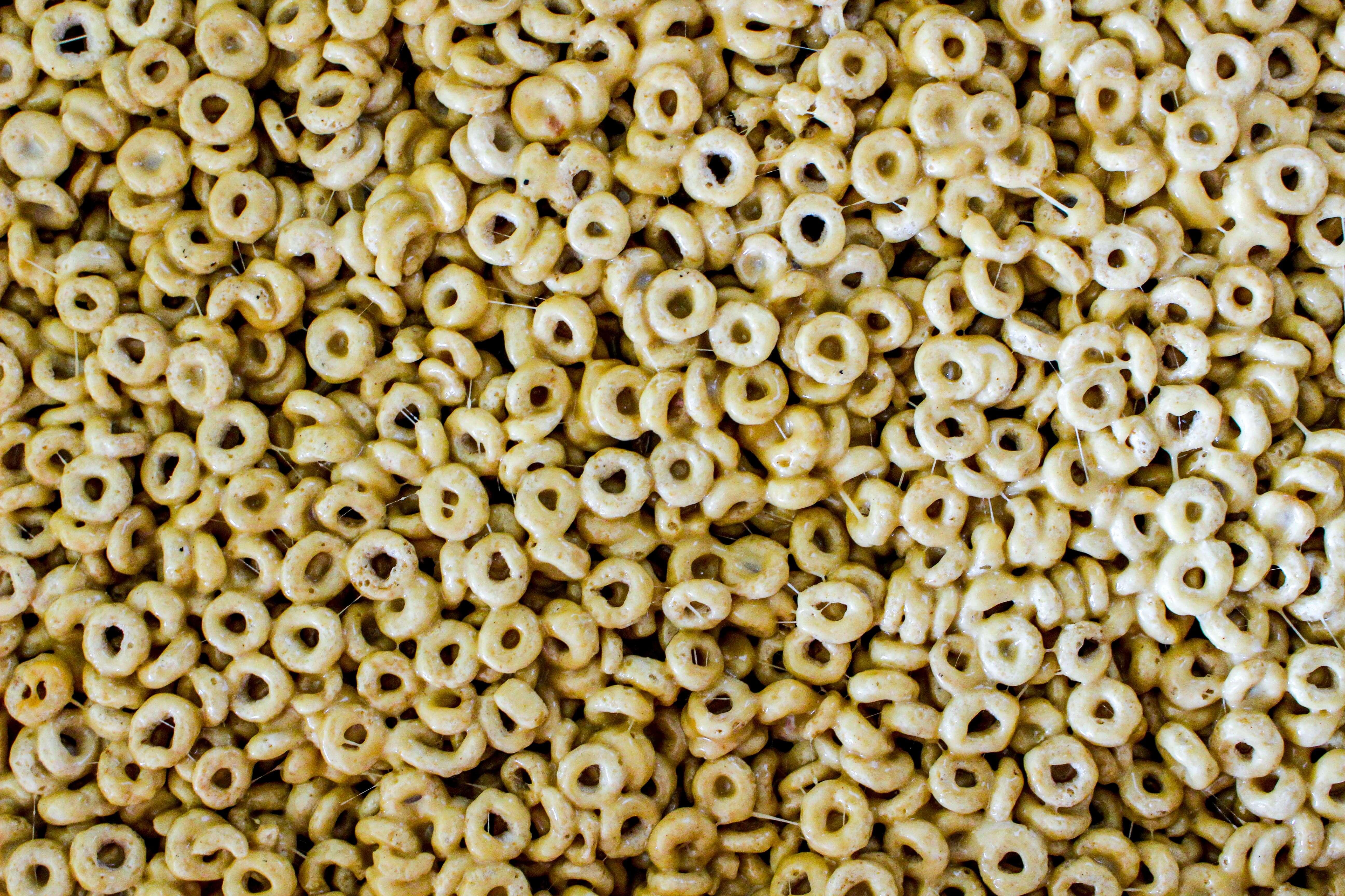 Peanut Butter Marshmallow Cheerios Bars