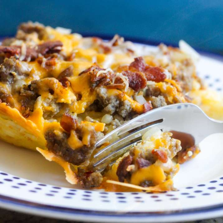 Sweet and Spicy Hash Brown and Sausage Breakfast Casserole