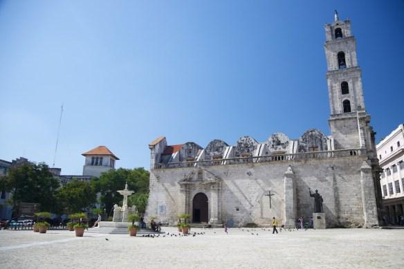Basilica Menor de San Francisco de Asis and Lions Fountain, Plaza de San Francisco, Havana