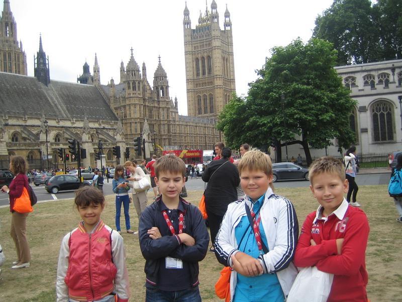 Мы у Биг Бена и здания парламента