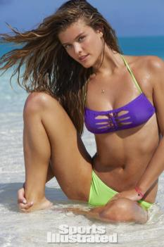 Nina-Agdal-2014-SI-Swimsuit-Issue_027