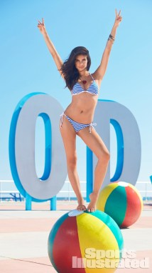 Sara Sampaio bikini SISwimsuit Issue 2014