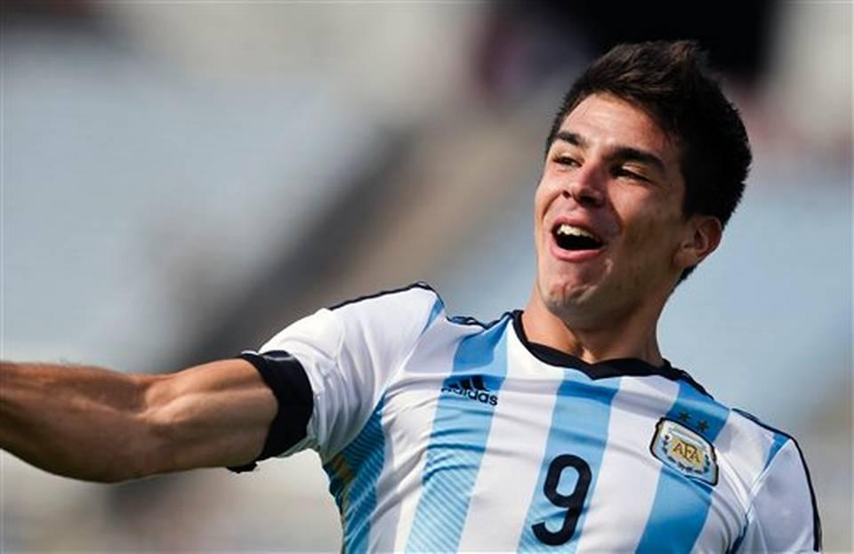 الأرجنتيني جيوفاني يقترب من اللعب لباريس سان جيرمان