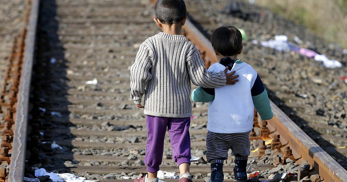 المغرب يستجيب لطلبات لجوء خاصة بسوريين عالقين في حدوده مع الجزائر