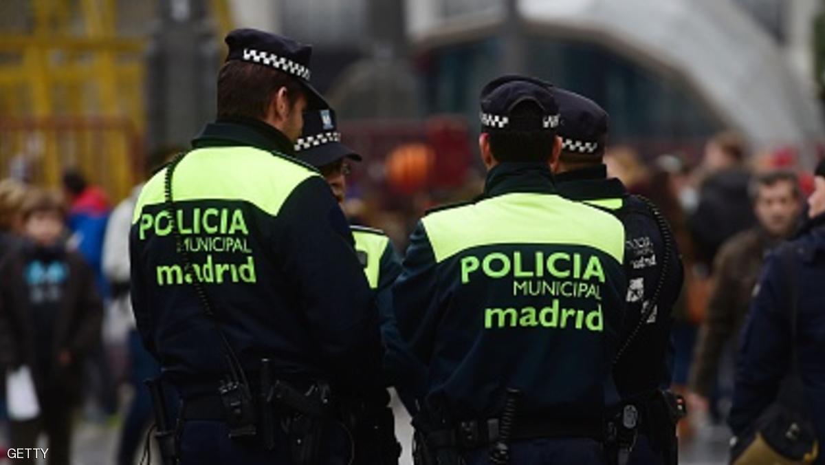 """اعتقال مغربي باسبانيا بتهمة التجنيد لفائدة """"داعش"""" عبر """"الأنترنت"""""""