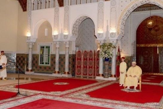 والي بنك المغرب يعرض أمام الملك الوضعية الاقتصادية والمالية للبلاد في 2015
