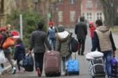 """صيني يتحول من سائح إلى """"لاجئ"""" بالخطأ"""