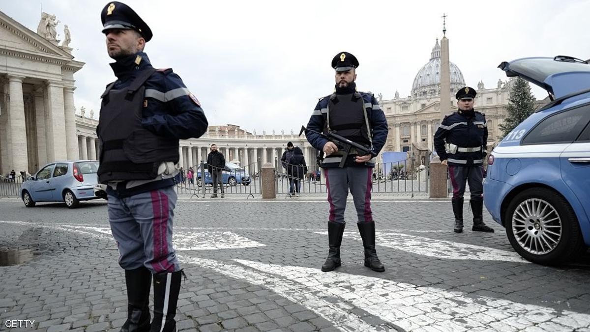 إيطاليا تطرد مغربيين متهمين بالانتماء إلى تنظيم داعش