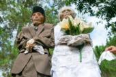 لماذا يخرج الإندونيسيون جثث موتاهم من القبور كل سنة؟