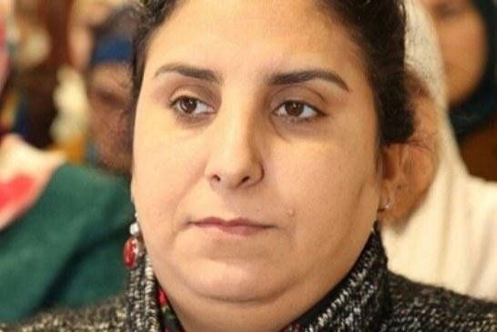الزميلة حنان رحاب تجري عملية جراحية بإحدى مصحات الدار البيضاء