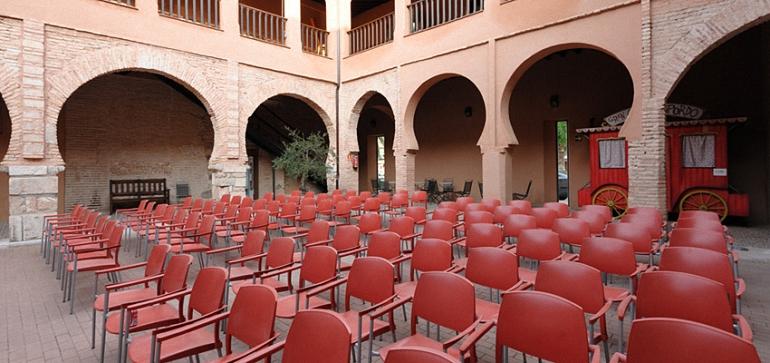 Claustro del Museo del Teatro. Fitca40
