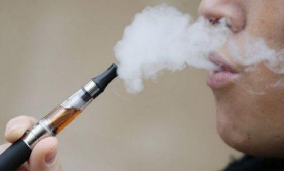 التفاصيل الكاملة لأحدث ضريبة أقرتها الإمارات ضد السجائر الإلكترونية والمشروبات