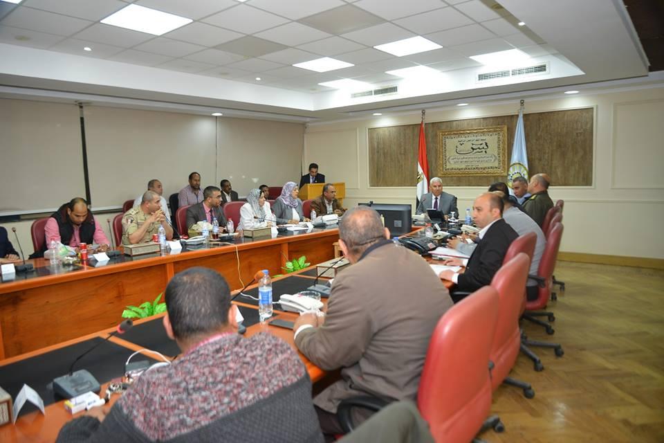 محافظ مطروح في الاجتماع الختامي لمتابعة تعديلات الدستور