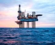 أسعار البترول تهبط أكثر من 2%