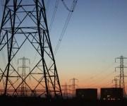 مصر العليا للكهرباء تضخ 938 مليون جنيه بأسوان والأقصر وقنا وسوهاج