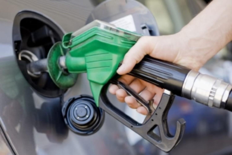 تعرف على العلاقة بين هجمات الحوثيين على «أرامكو» وأسعار البنزين في مصر - جريدة المال