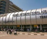 الطيران: السفارة البريطانية بالقاهرة أكدت عدم إصدار حكومتها بيانًا بوقف الرحلات للقاهرة