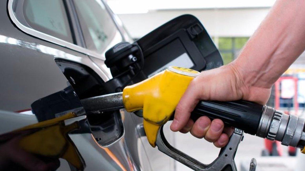 ارتفاع أسعار الوقود يؤثر سلبًا على أقساط تأمين السيارات - جريدة المال
