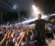 عاصي الحلاني يستعد لحفل قرطاج ويجهز لألبومه الجديد (صور)