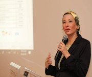وزيرة البيئة تستعرض تجربة مصر الناجحة في توفير الأمن الغذائي والتصدي لتغيرات المناخ أمام ملكة إسبانيا