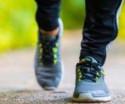 دراسة حديثة: المشي البطيء قد ينبئ بأمراض قاتلة