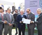 محافظ بورسعيد يحتفل بيوم الطفل بمستشفى النصر التخصصي